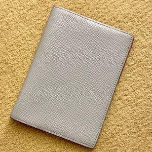 Hermès agenda cover passport holder